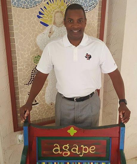 Chris Snead Agape Bench Winner Mercy Retreat Center Slaton
